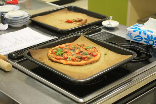 野菜ソムリエと一緒にピザづくり!